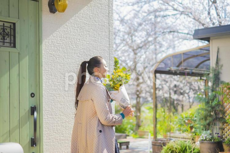 🧥東京大丸 8/1~メンズ・レディースコート販売のお仕事!! ★急募 ★好条件